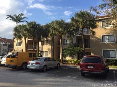 Coral Springs Condo For Sale: 9022 W Atlantic Blvd #211