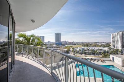 Miami-Dade County Condo For Sale: 1750 N Bayshore Dr #1415