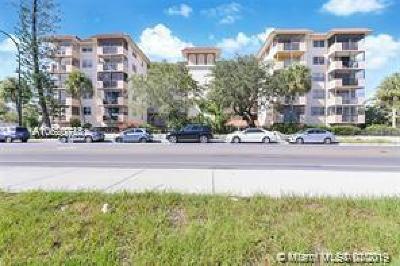 Miami-Dade County Condo For Sale: 12590 NE 16th Ave #610