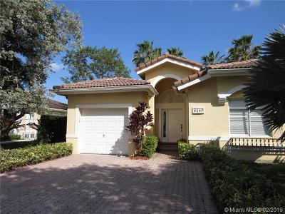 Doral Single Family Home For Sale: 4647 NW 111th Ct