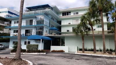 Miami-Dade County Condo For Sale: 2539 S Bayshore Dr #228E