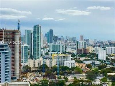 Miami-Dade County Condo For Sale: 601 NE 36th St #2802