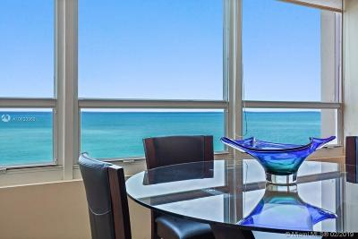 Miami Beach Condo For Sale: 5445 Collins Ave #1103