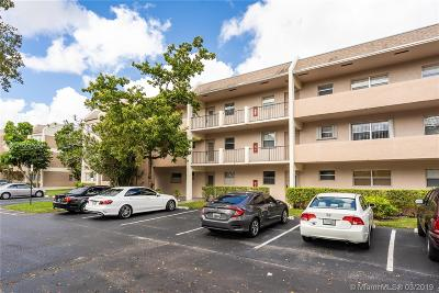 Tamarac Condo For Sale: 8341 Sands Point Blvd #B202