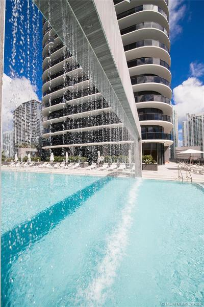 Brickell Height, Brickell Heights, Brickell Heights 2, Brickell Heights Condo W, Brickell Heights East, Brickell Heights East Con, Brickell Heights East Cond, Brickell Heights East Towe, Brickell Heights West, Brickell Heights West Con, Brickell Heights West Cond Rental Active With Contract: 55 SW 9 #3207