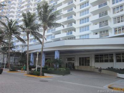 Miami Beach Condo For Sale: 100 Lincoln Rd #1105