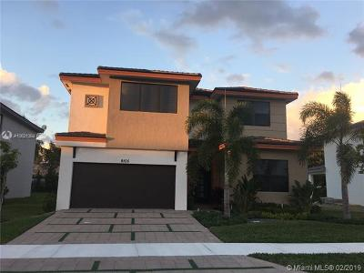 Miami Lakes Single Family Home For Sale: 9105 NW 161st Ter