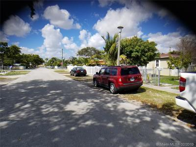North Miami Single Family Home For Sale: 475 NW 128th St