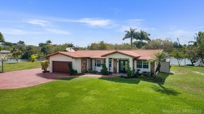 Davie Single Family Home Active With Contract: 10900 SW 25th St