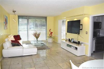 Bal Harbour Condo For Sale: 10210 Collins Ave #101