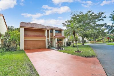 Miami Single Family Home For Sale: 15034 SW 88th Ln