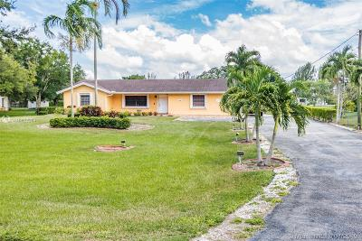 Davie Single Family Home For Sale: 13450 SW 26th St