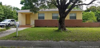 North Miami Single Family Home For Sale: 13001 NW 2nd Ave