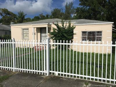 Miami Single Family Home For Sale: 6434 NW Miami Pl