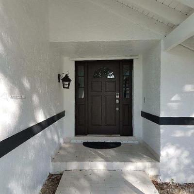 Miami Single Family Home For Sale: 10701 SW 142nd Ave