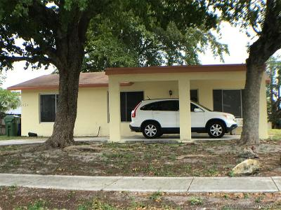 Fort Lauderdale Single Family Home For Sale: 2740 NW 24th St