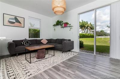 Homestead Condo For Sale: 112 SE 28th Ter #10