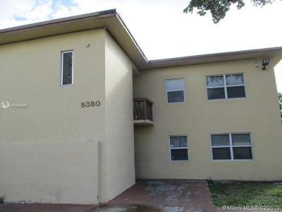 Deerfield Beach Condo For Sale: 5380 NE 5th Ter #8102