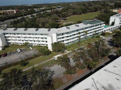 Miami Condo For Sale: 1101 NE 191st St #H405
