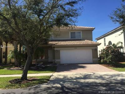 Miramar Single Family Home For Sale: 2322 SW 135th Ave