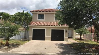 Miami FL Single Family Home For Sale: $339,000