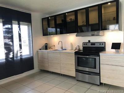 Miami Single Family Home For Sale: 6700 SW 29th St