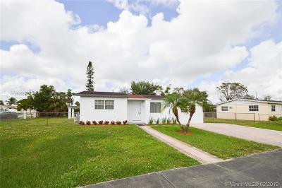 Miami Gardens Single Family Home For Sale: 20400 NW 20th Ct
