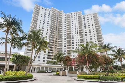 Miami Rental For Rent: 701 Brickell Key Blvd #2005