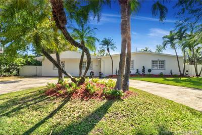 Pinecrest Single Family Home Active With Contract: 7920 SW 135th St