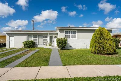 Rental For Rent: 8581 SW 27th Ln