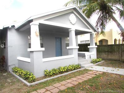 Miami Single Family Home For Sale: 3024 NW 22nd Ct