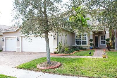 Miramar Single Family Home For Sale: 4588 SW 183rd Ave