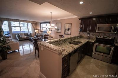 Hollywood Condo For Sale: 3725 S Ocean Dr #1014