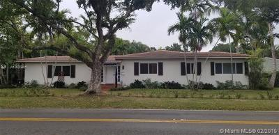 Coral Gables Single Family Home For Sale: 440 Blue Rd
