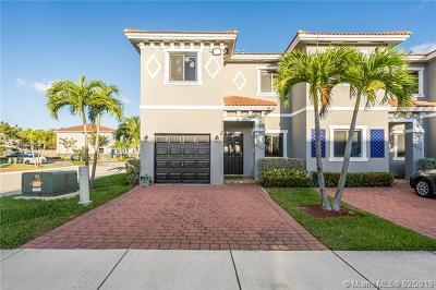 Miami Condo Active With Contract: 4405 SW 163 Pl #4405