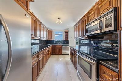 Bay Harbor Islands Condo For Sale: 9102 W Bay Harbor Dr #4D