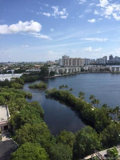 North Miami Beach Condo For Sale: 17301 Biscayne Blvd #1406