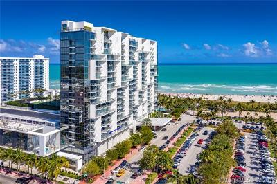 Miami Beach Condo For Sale: 2201 Collins Ave #302