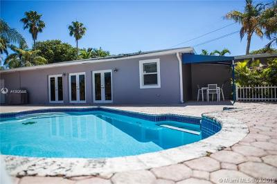 Single Family Home For Sale: 8601 SW 70th St