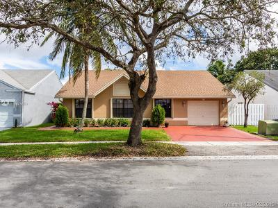 Pembroke Pines Single Family Home Sold: 1111 SW 88th Way