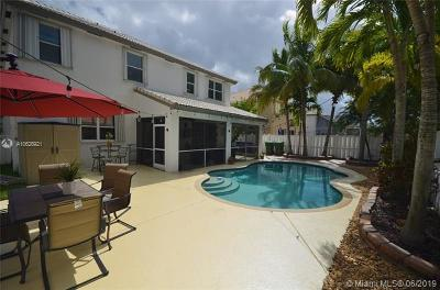 Pembroke Pines Single Family Home For Sale: 676 SW 168th Ter