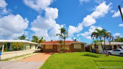Oakland Park Single Family Home For Sale: 91 NE 45th Ct