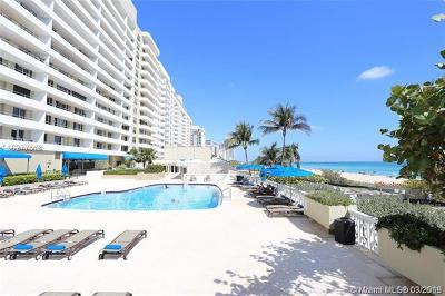 Oceanside Plaza, Oceanside Plaza Condo Condo For Sale: 5555 Collins Av #16T
