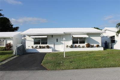 Pompano Beach Single Family Home Active With Contract: 141 NW 28 St