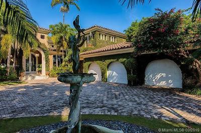 Miami-Dade County Single Family Home For Sale: 58 La Gorce Circle