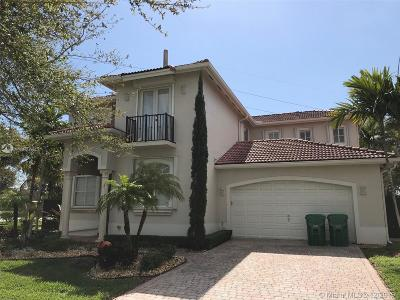 Cutler Bay Single Family Home For Sale: 8400 SW 199th St