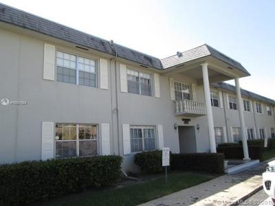 Hollywood Condo For Sale: 1560 McKinley St #112W