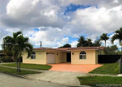 Hialeah Single Family Home For Sale: 635 W 70th Pl