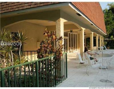 Dania Beach Condo For Sale: 500 NE 2nd St #225