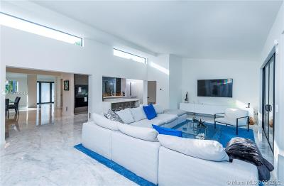 Miami Beach Single Family Home For Sale: 7805 Noremac Ave